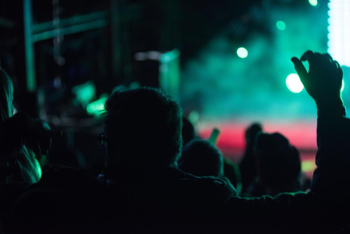 コンサート観客